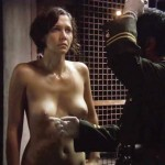 maggie-gyllenhaal-stripsearch-02