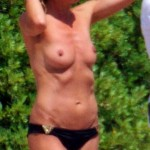 heidi-klum-beach-topless-05