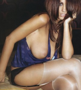 holly-peers-sophie-howard-sept-nuts-mag-04-480x535