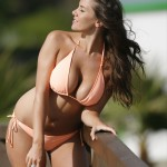 imogen-thomas-bikini-shoot-marbella-04