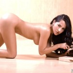 paola-tovar-sexy-cook-02