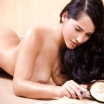 paola-tovar-sexy-cook-06