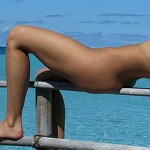 adrianne-curry-topless-twitter2