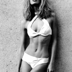 julie-stegner-topless-feb-vogue-05