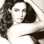 kelly-brook-topless-05