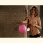 dawn-olivieri-topless-restroom-s01e07-house-of-lies-cap-03