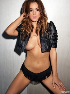 rosie-jones-and-holly-peers-topless-nuts-april-outtakes-02-675x900