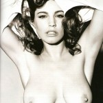 kelly-brook-topless-675x900