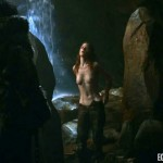 rose-leslie-nekkid-in-game-of-thrones-05-580x435