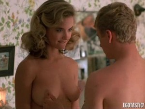 kelly-preston-full-frontal-in-mischief-04-580x435