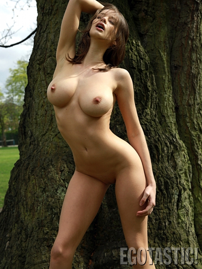 nude Emily shaw