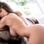 Shelby-Chesnes-Topless-Playboy-Photoshoot-06-cr1410375575574-600x450